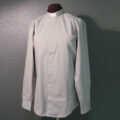 Papin ja diakonin paidat